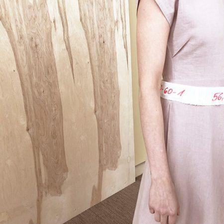 linine-suknele-juvencija-reda-paula2