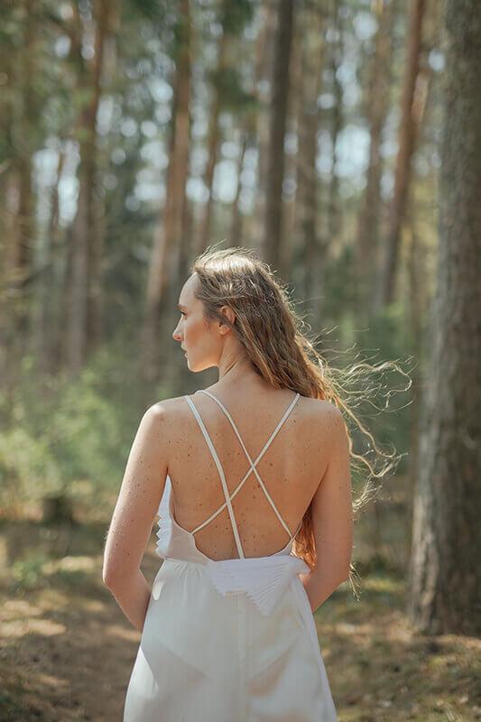 reda-paula-kolekcija-vestuves-gamtoje-10