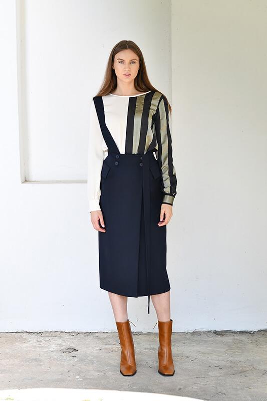 magde_navy_skirt